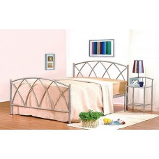 "Alamo Black / White / Silver  Metal Bed (4'6"")"